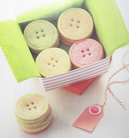 crafty-button-sugar-cookies