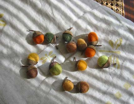 acorns-betz-white